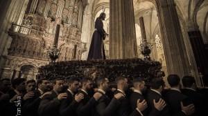 Vía Crucis en la Catedral de Sevilla