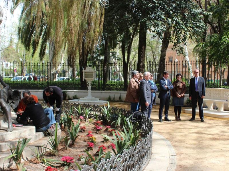 El Ayuntamiento termina la restauración de la Glorieta de Bécquer