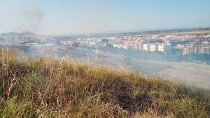 Cerro del Carambolo arrasado por el fuego /SA