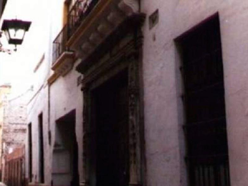 Calle Guzmán el Bueno /SA