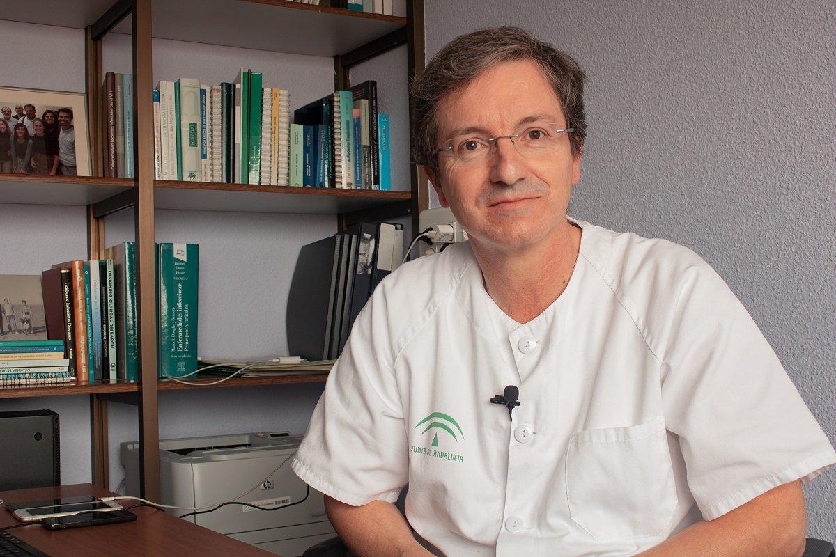 doctor del Virgen del Rocío Dr Cisneros