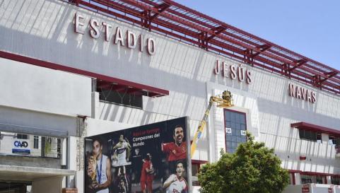 ROTULACIÓN DEL ESTADIO JESÚS NAVAS   SEVILLA FC