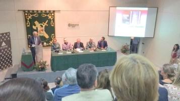 El club Antares de Sevilla se llenó para la presentación de los libros