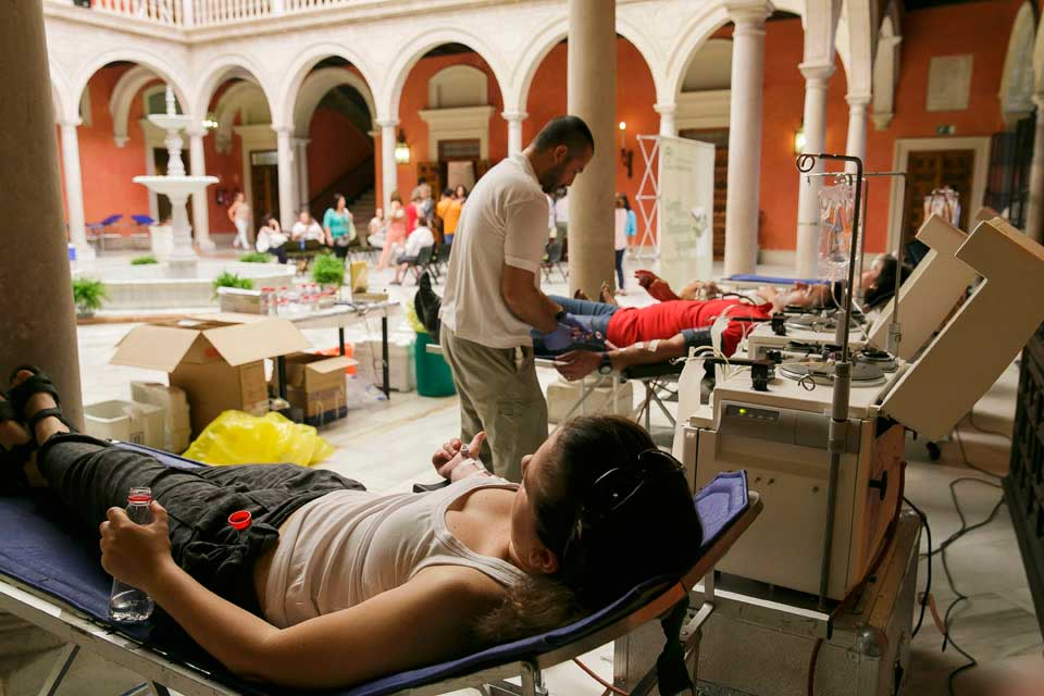 Donación de sangre en la Fundación Cajasol.