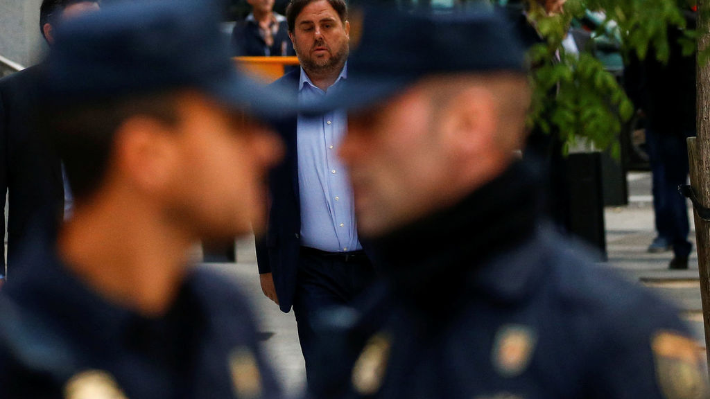 Comentarios de policías ante Oriol Junqueras.