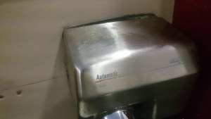 Secador de mano descolgado