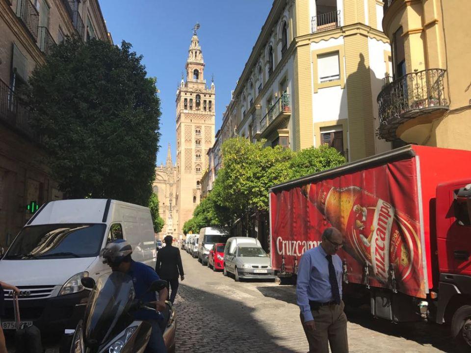 Mateos Gago. El Plan de tráfico con motivo de las Navidades se volverá a repetir en Semana Santa