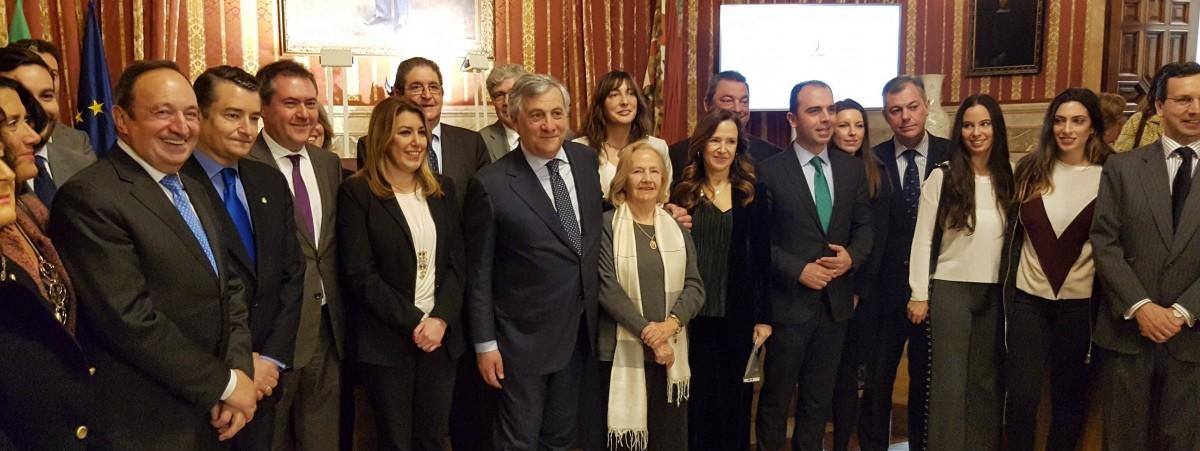 Foto alcalde Premio Alberto Jiménez-Becerril 2