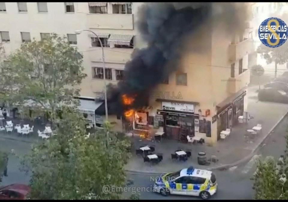 Las llamas del bar de Pino Montano