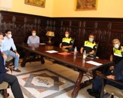 Reunión del Ayuntamiento con el presidente de la Asociación Empresarial de Hostelería de Sevilla
