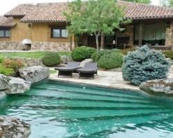 Las piscinas privadas, los cocodrilos y las marmotas
