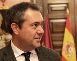 Juan Espadas: la entrevista más inútil, el tedio más agotador