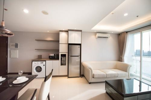 Gallery West Residence Apartment For Jakarta