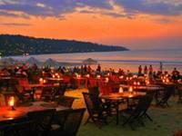 Makan Malam Di Jimbaran Bali