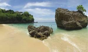 Pantai Padang Padang Bali Badung