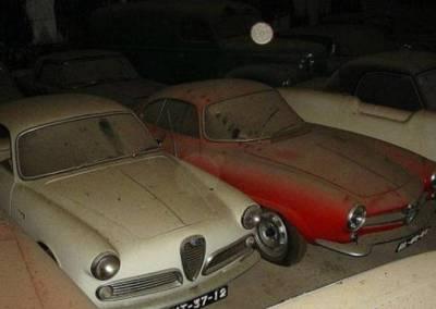 Mobil Antik Tua Mewah
