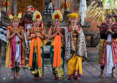 Tari Barong & Kris di Jambe Budaya Batubulan Bali 3