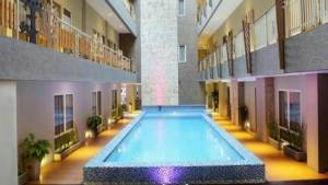 Hotel Rivavi Kuta Beach Bali - Pool