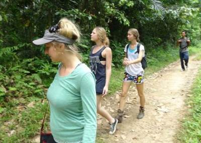 Trekking di Bali Jalur Sawah Pedesaan