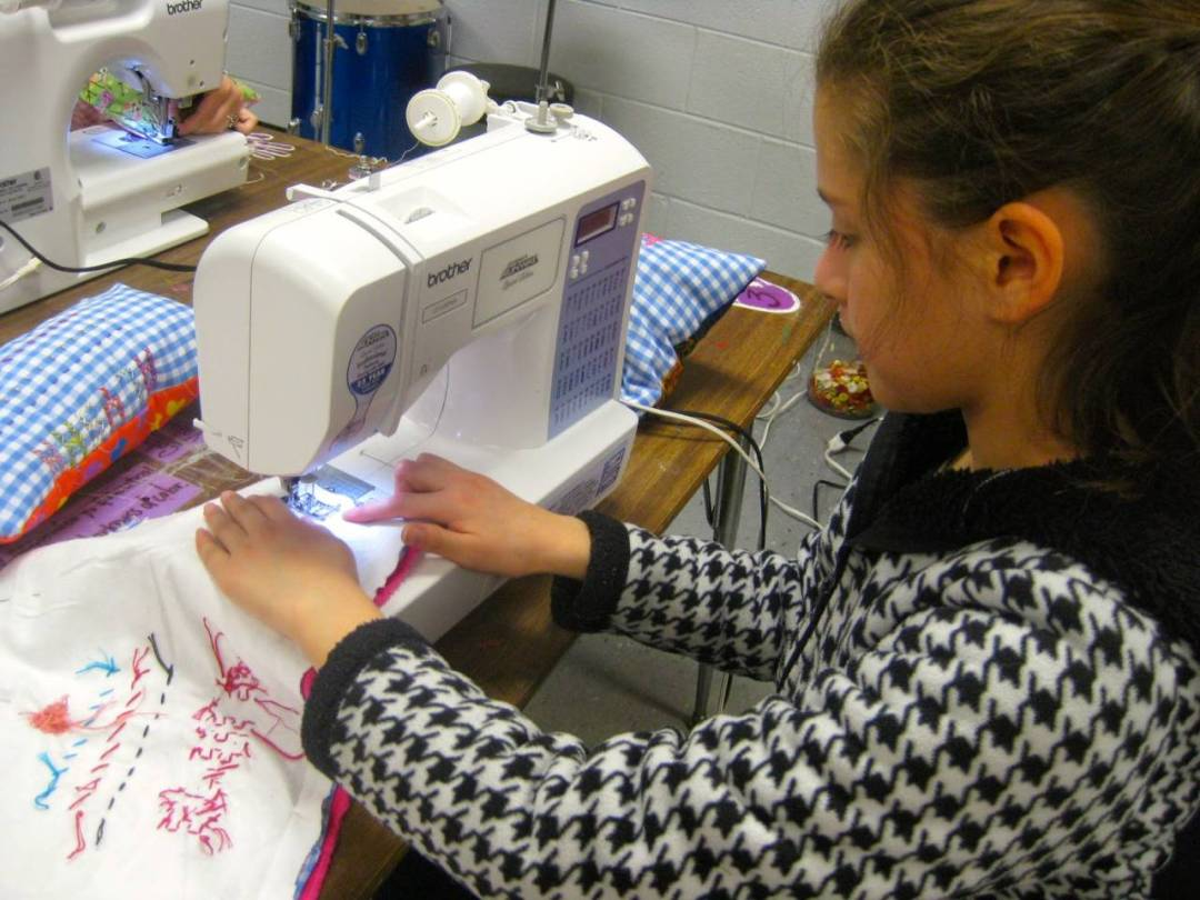 Which Sewing Machine is Best For Kids