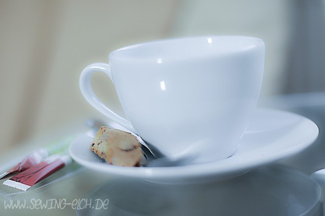 Kaffeetasse mit modernem Bildstil