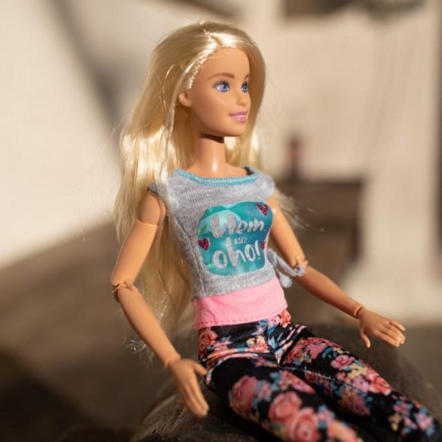 Shirt an Barbie