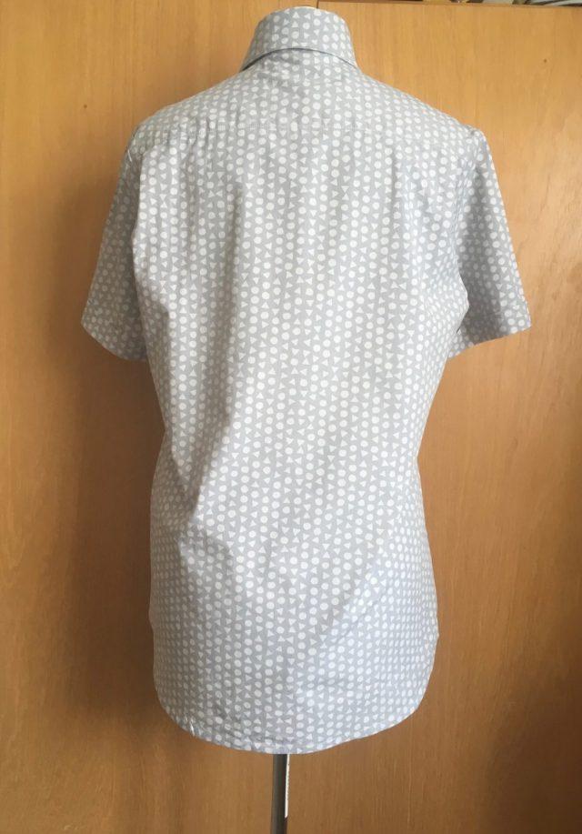 overhemd met twee rugplooien