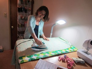 Have you ever made a DIY ironing station? Tell us about it!