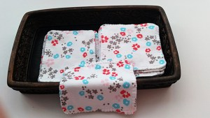These Cotton Organic Tiny Towels would be a great fit, for the all the girls in the family, for make up and noses, especially for Robyn, when her man proposes!
