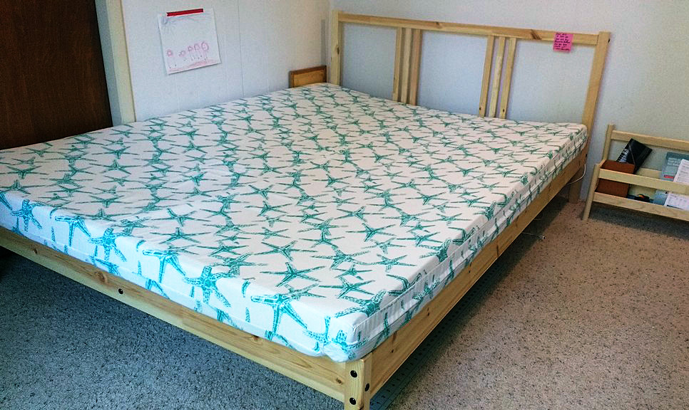 How to sew a diy mattress cover sewingmachinesplus blog sweet dreams solutioingenieria Image collections