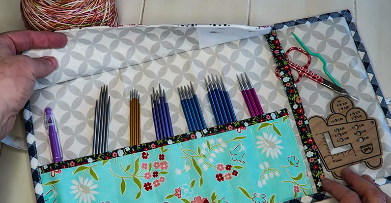 How to Make a Knitting Needle Case 44
