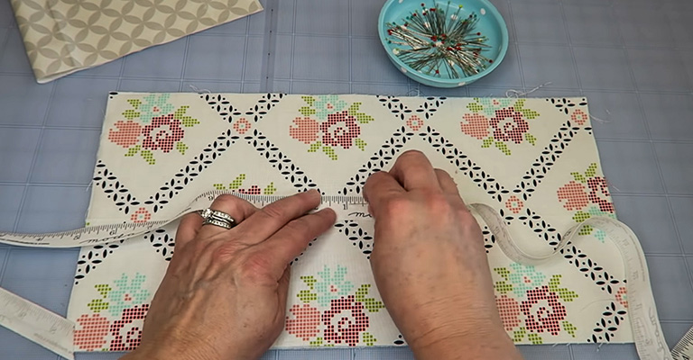 How to Make a Knitting Needle Case 5