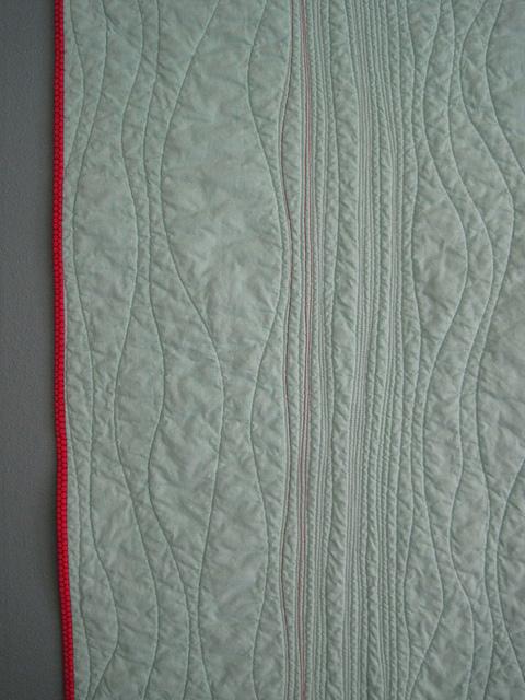 sewkatiedid/raindrops whole cloth quilt