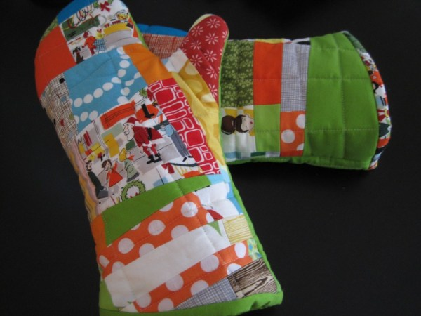sewkatiedid/patchwork oven mitts