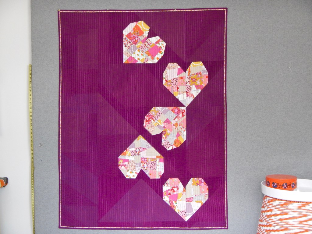 SEW KATIE DID | BIG Tossed Hearts Quilt