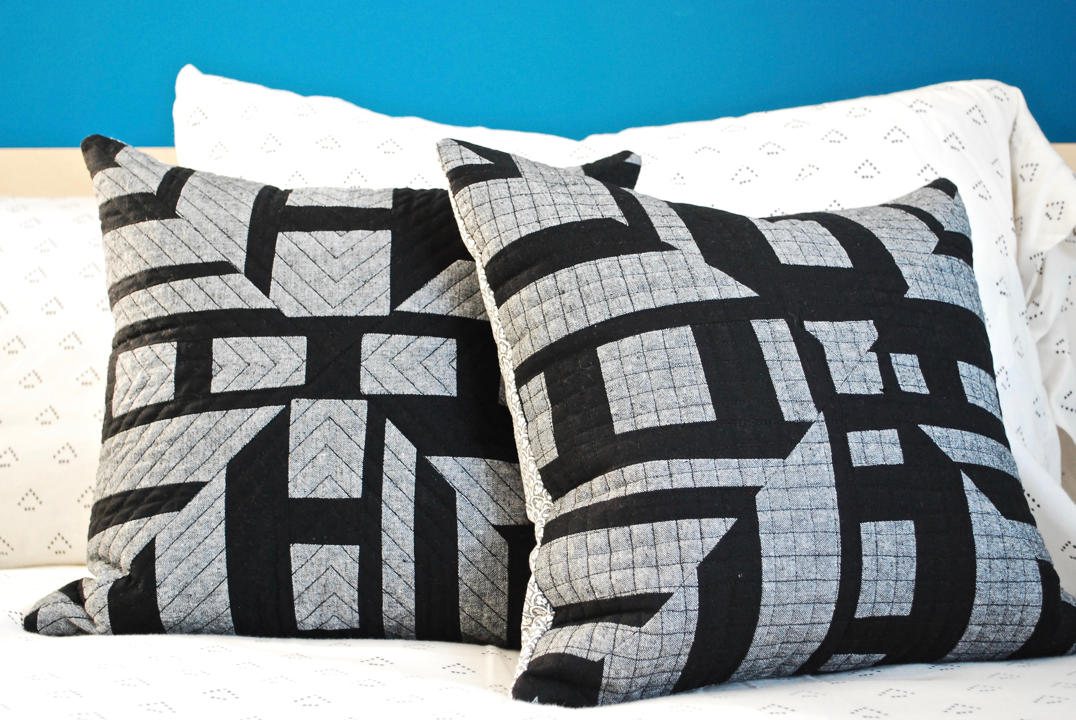 sew katie did | Seattle Modern Quilting and Sewing Studio | Alignment Optional Block Pillows