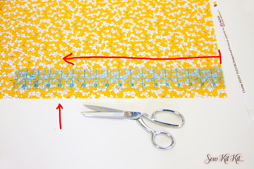 How to Cut Large Pieces of Fabric Straight 6