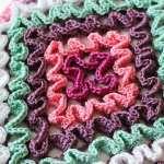Betty's Ruffled Trivet   Summer Kitchen Series