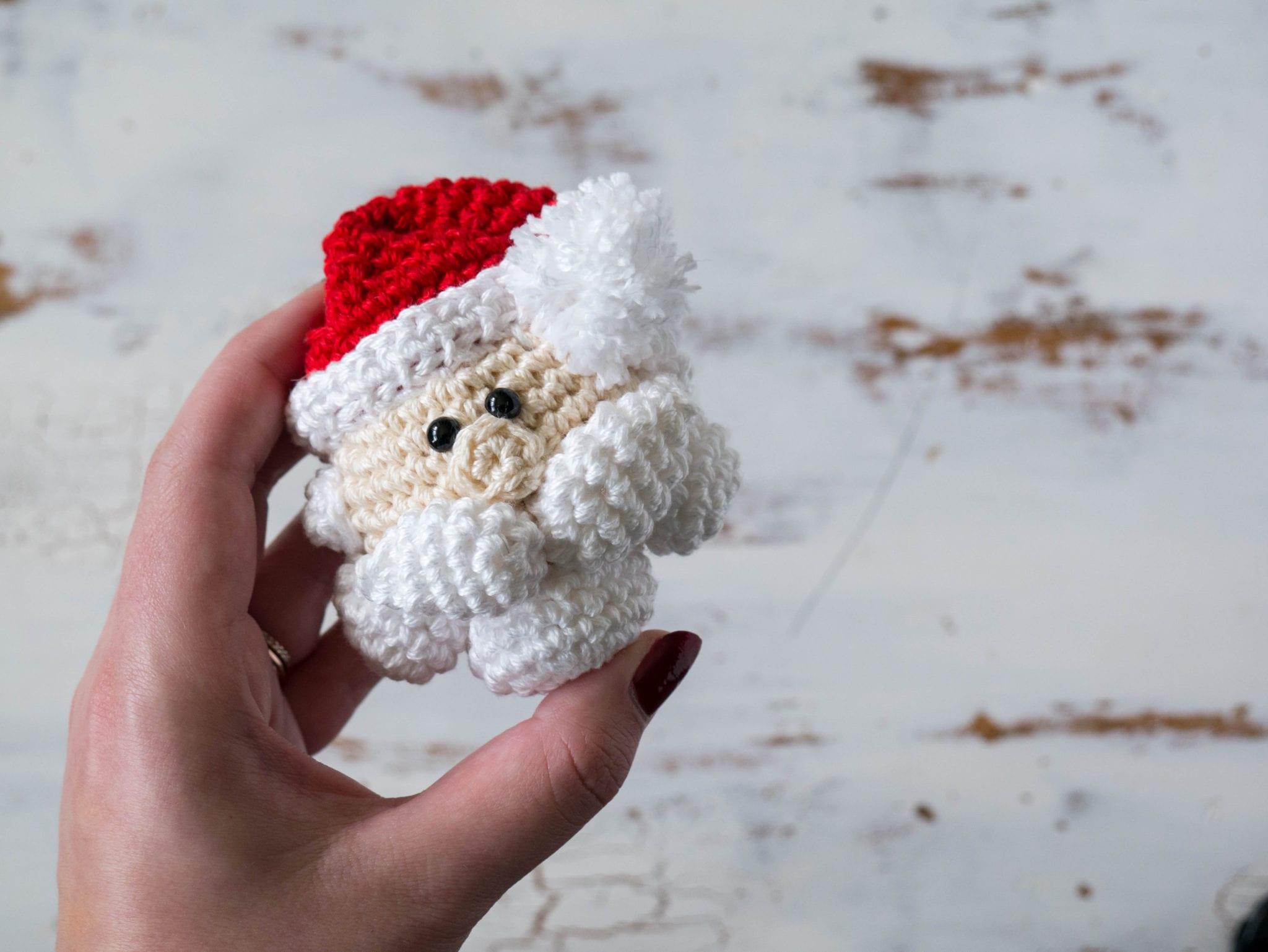 crochet santa claus ornament