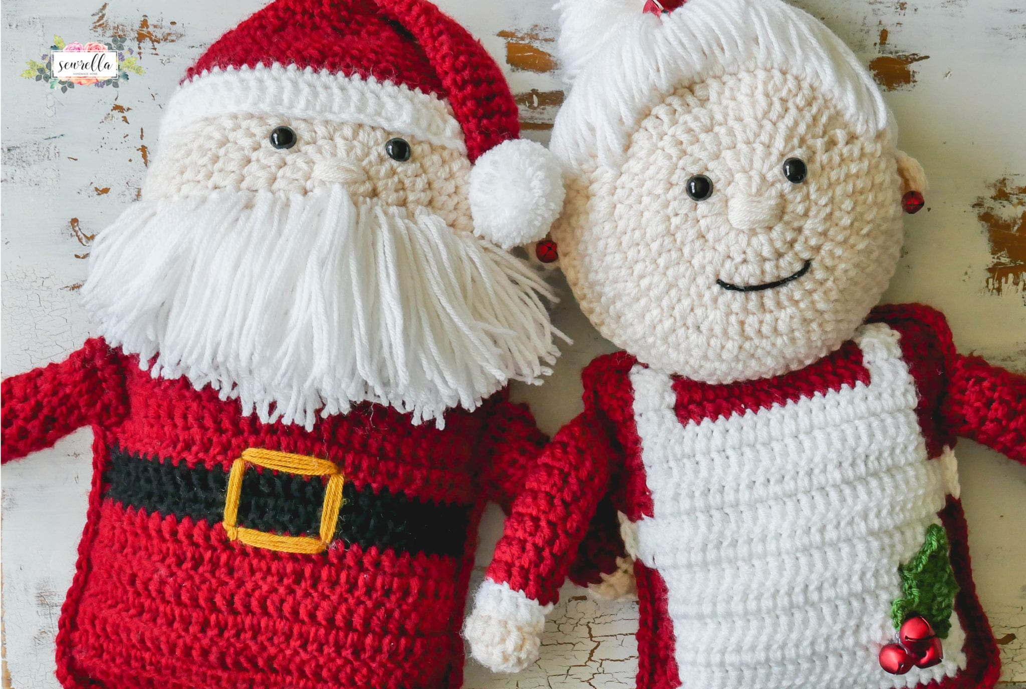 Crochet mrs claus sewrella you remember my crochet santa claus huggable friend from a couple of weeks ago get that free pattern here now he has a friend joining him on the blog bankloansurffo Image collections