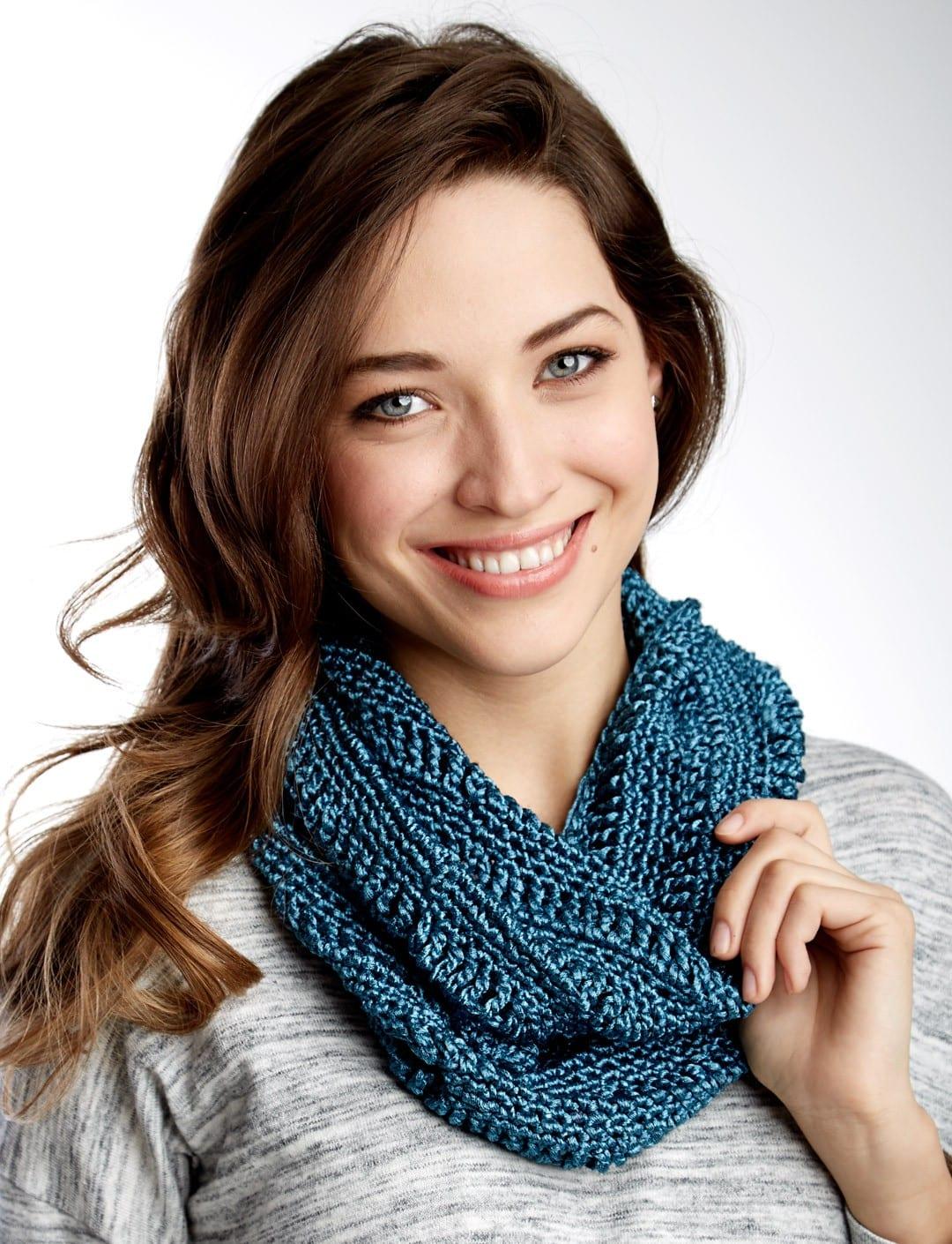 Crochet Scarf Patterns that Look Knit - Sewrella