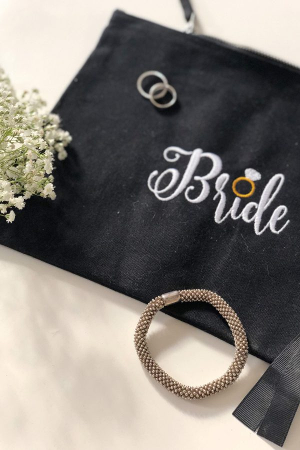 Embroidered Bride Pouch – www.sewsian.com