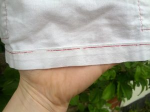 Broken thread on the hem