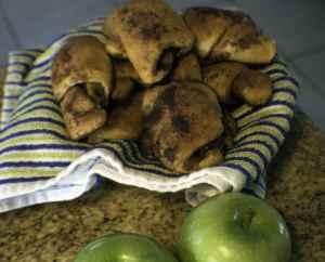 Apple-Pie-Bites-300x242 Delicious Apple Pie Bites