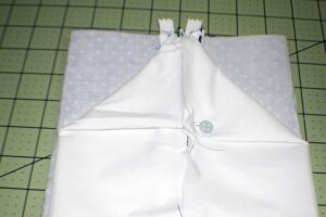 Sew-Along-the-Short-Edges-300x200 Boxy Zippered Pouch