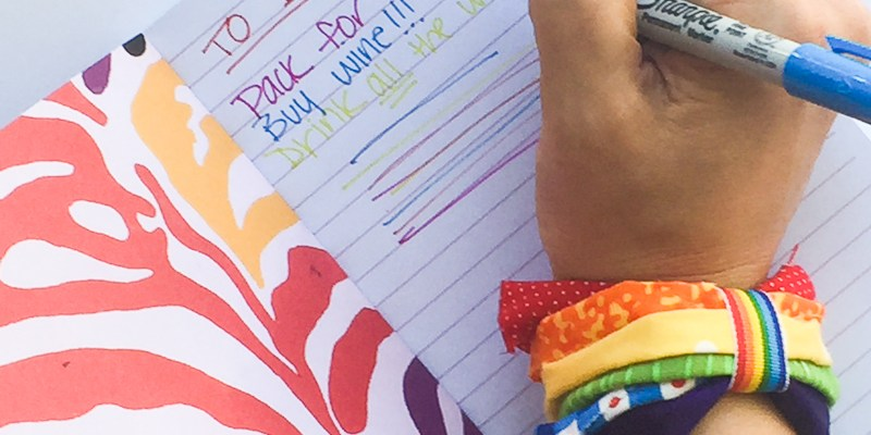 Easy No Sew Fabric Scrap Rainbow Bracelet : This is a great scrap buster project. You just need a few supplies. Click through for the full tutorial and a video for you visual learners! | www.sewwhatalicia.com