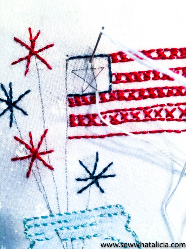 Patriotic Mason Jar Embroidery Tutorial: This patriotic embroidery tutorial is the perfect project for summer! This step by step tutorial is great for beginners and those who want an easy project. Click through for the full tutorial.   www.sewwhatalicia.com