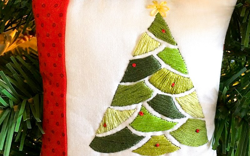 Embroidered Christmas Tree Pattern and Tutorial