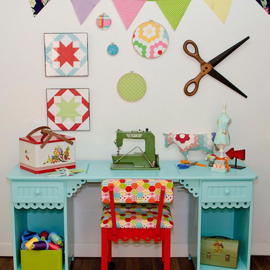 Best Sewing Machine Cabinet: Olivia | www.sewwhatalicia.com
