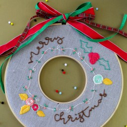 How to Embroider a Christmas Wreath